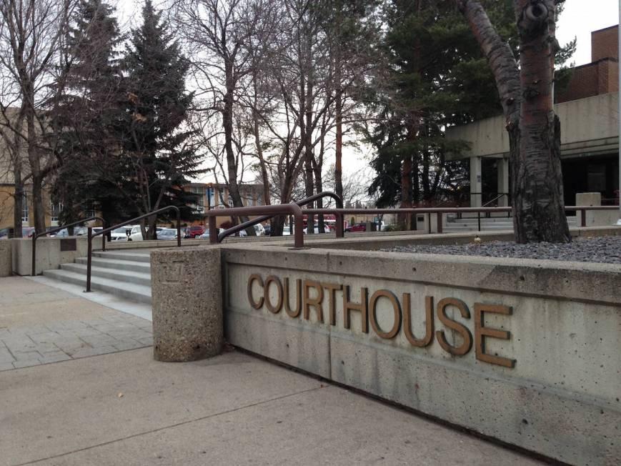 11643320_web1_courthouse-stock